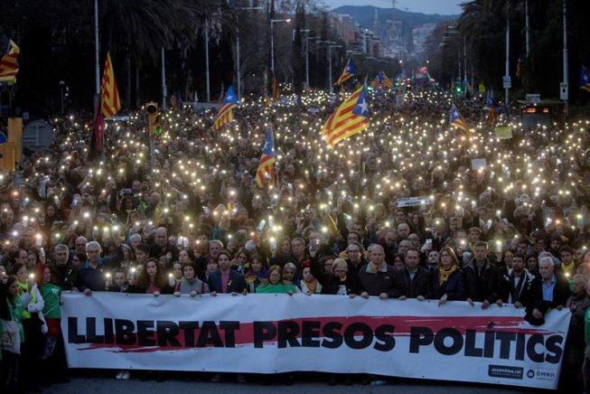 Llibertat als presos polítics! Per una Vaga General a Catalunya i mobilitzacions contra el Règim del 78 en tot l'Estat