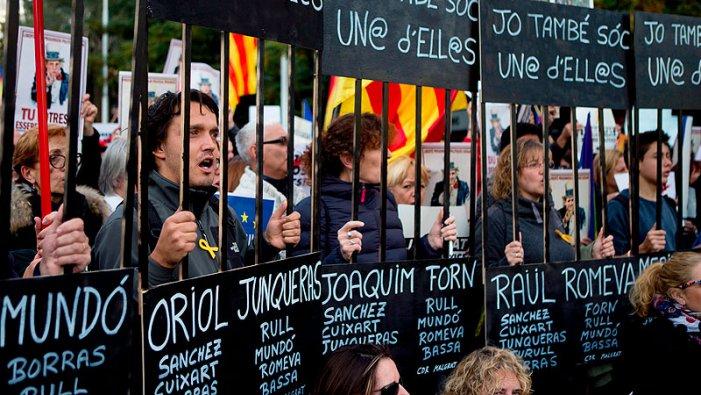 200 anys de presó contra el poble català