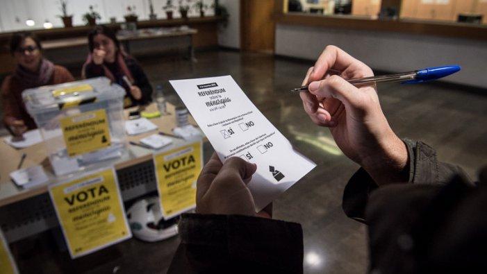 El referèndum que ha reprovat a Felipe VI i aposta pel dret a decidir