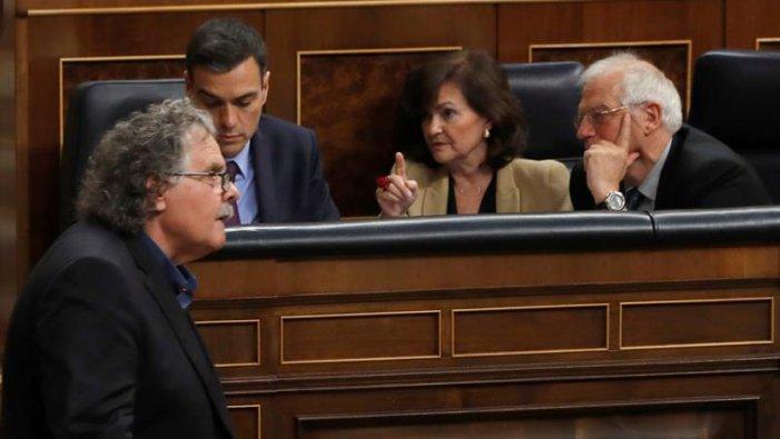 """El PSOE es suma a la """"via Vox"""" a Catalunya"""