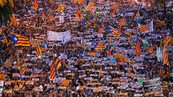 21-D | Per una gran mobilització contra la provocació de Sánchez i el judici de l'1-O