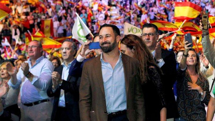 Tendències als extrems: tres claus i una hipòtesi estratègica sobre la dinàmica política espanyola