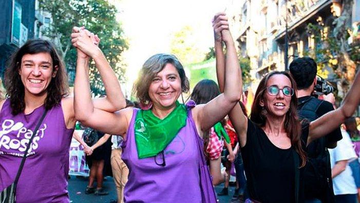 Fundadora de Pan y Rosas comença un mes d'activitats a Europa