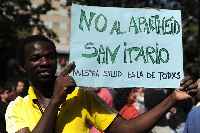 El Govern nega la sanitat a famílies immigrants en casos greus
