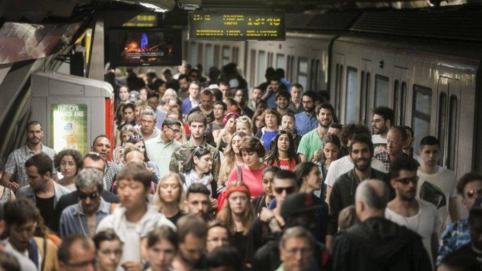 La plantilla de TMB Metro exigeix seguretat laboral enfront de l'amenaça de l'amiant