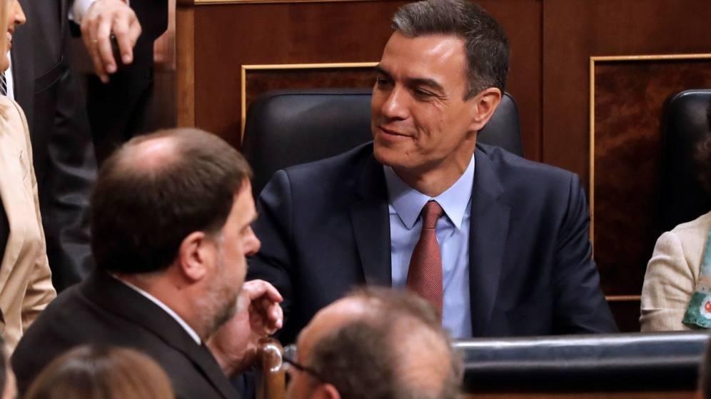 Accés a la Constitució de les Corts espanyoles entre mesures de custòdia i a l'espera de la seva suspensió