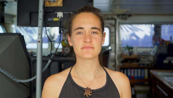 Creix la solidaritat amb la capitana Carola Rackete, arrestada a Itàlia per rescatar immigrants