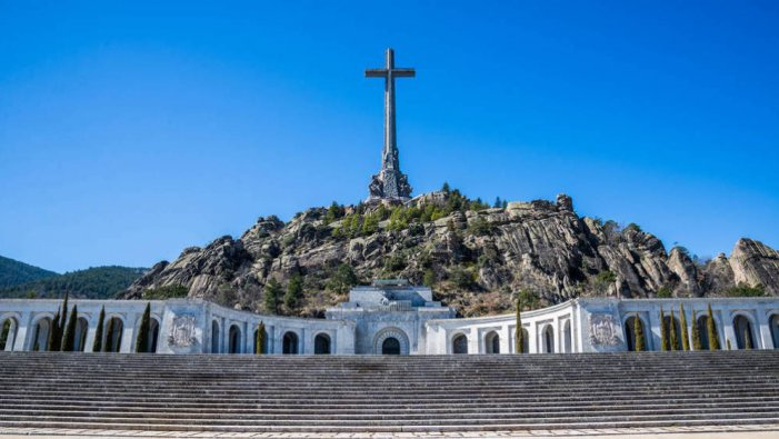L'exhumació de Franco es porta al Suprem de l'impost hipotecari