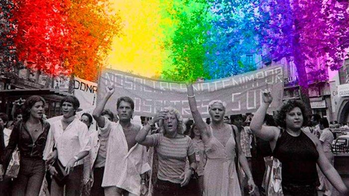 Fa 41 anys es va despenalitzar (realment no) l'homosexualitat a l'Estat Espanyol