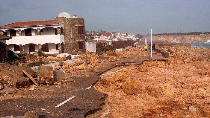Nou persones mortes pel temporal i quatre desparegudes