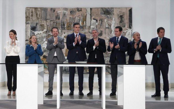 Alleugeriment a la patronal davant la moderació de Podemos