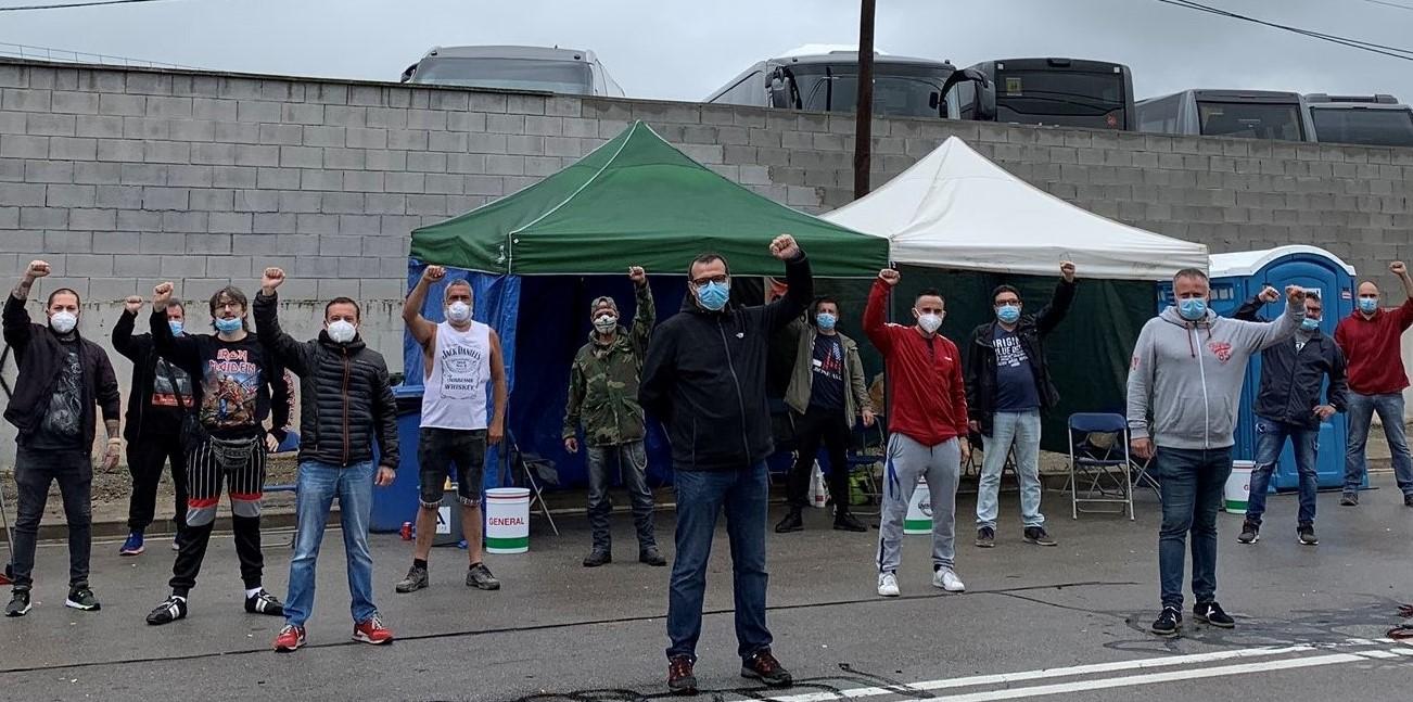 Tot el suport a la vaga dels treballadors de Nissan! Davant les amenaces de tancament, ocupació i nacionalització sota el control dels seus treballadors
