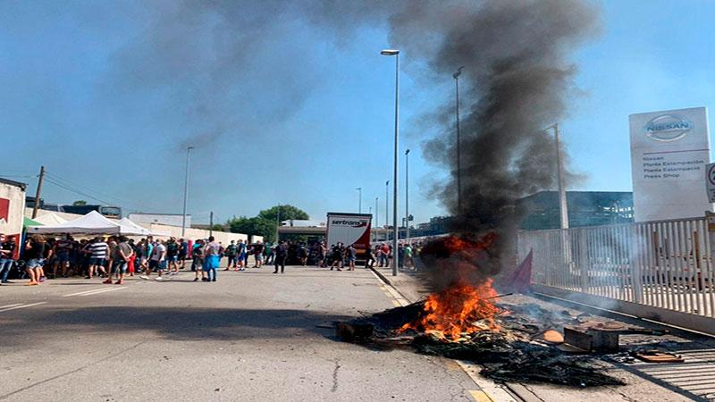 Kellys, Telepizza, Becaris en Lluita es solidaritzen amb la vaga de Nissan