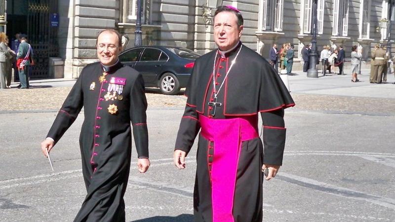 El Govern del PSOE i UP paga més de 4 milions als capellans castrenses
