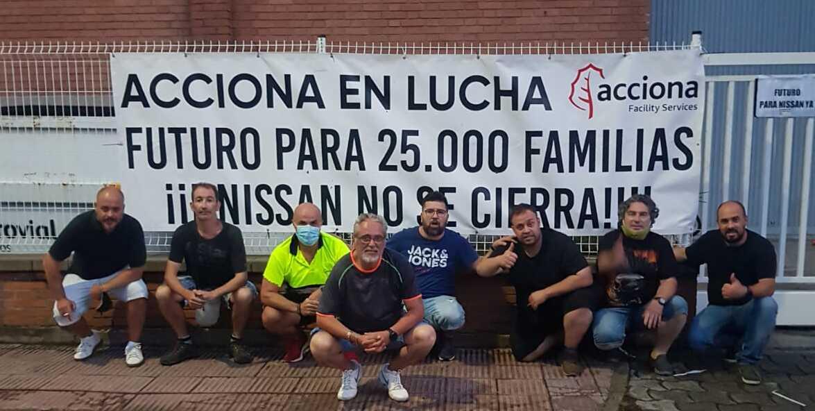 URGENT: CGT paralitza la sortida de camions dels magatzems de Nissan a Barcelona