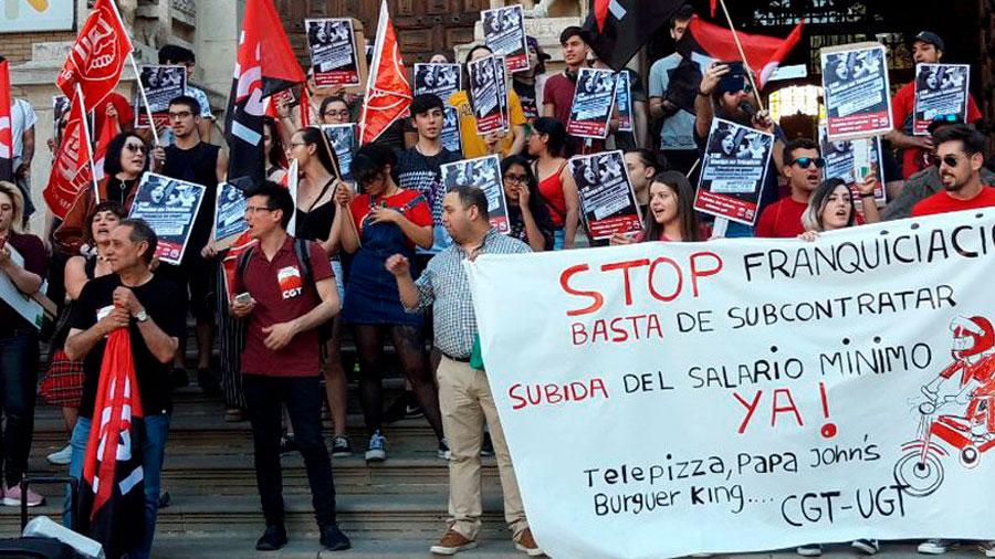 """Asier Guerrero: """"els buròcrates sindicals tenen pànic que la joventut precària protagonitzi una rebel·lió social"""""""