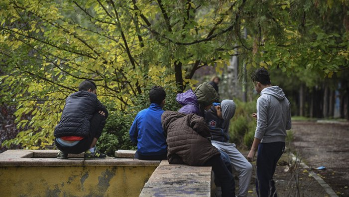 Madrid abandona a la seva sort als adolescents immigrants en complir els 18 anys