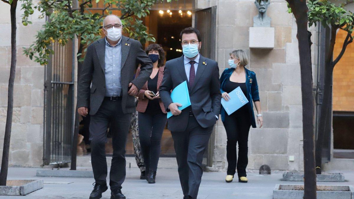 El Govern català deixa la lluita contra el Covid a la població