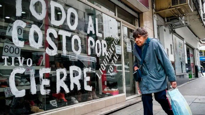 Crisi social: el Govern avalua plans d'ajudes directes a pimes en risc de fallida
