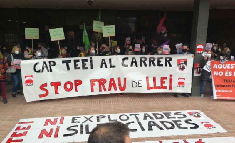 Cap TEEI al carrer: vaga de les treballadores de suport en educació infantil