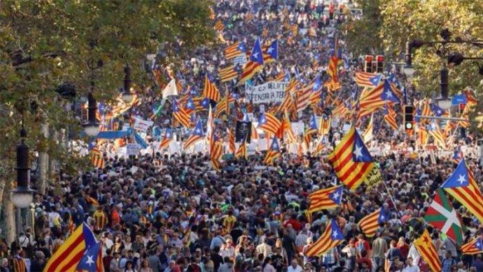 Sánchez avança amb els indults, però queden fora 3.000 encausats catalans