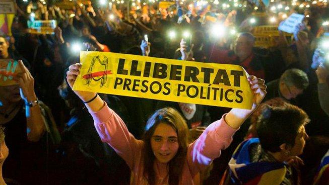 S'endureix el cop contra Catalunya: Llibertat presos polítics! Vaga General Ja!