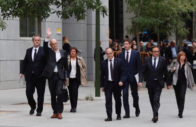 """El Suprem manté a la presó a Junqueras, Forn i els """"Jordis"""""""