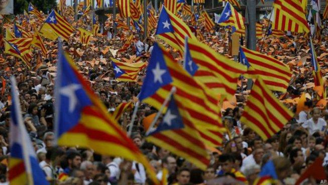 Comença la campanya electoral a Catalunya amb tot per definir