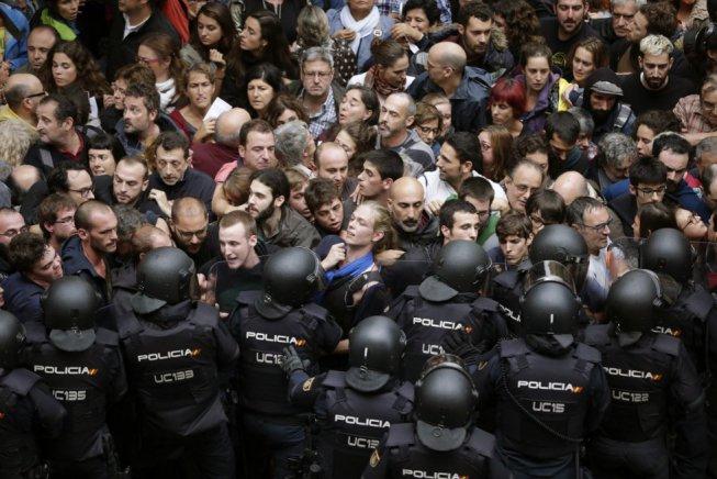 La repressió de l'1-O en xifres: 87 milions, 6.000 agents, 12.000 medalles i 1.066 ferits