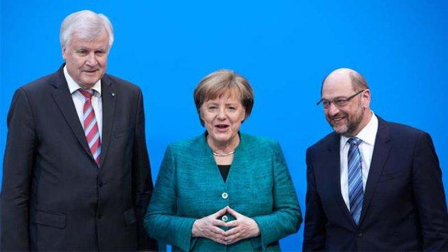 Merkel i Schulz renoven la gran coalició endurint les polítiques migratòries