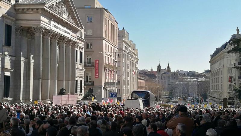 Gran jornada de protestes contra la pujada miserable del 0,25%