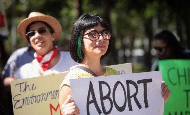 El govern de Trump vol prohibir el dret a l'avortament