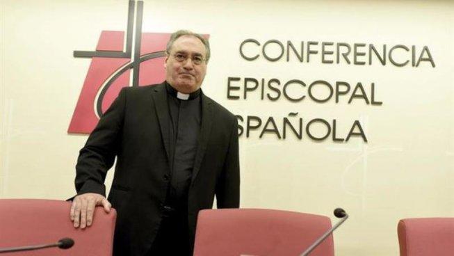 La Conferència Episcopal carrega contra les persones trans