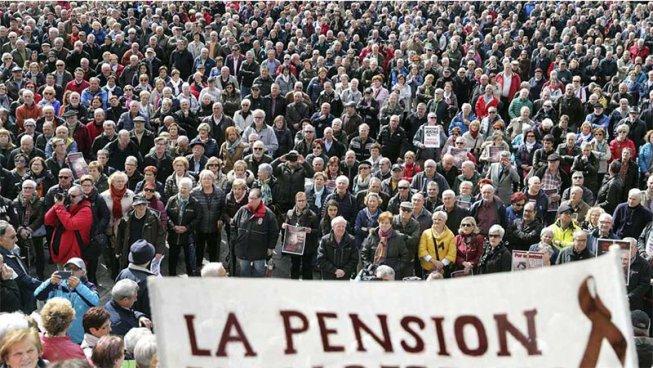 Es busquen joves solidaris per sumar-se a la marea pensionista