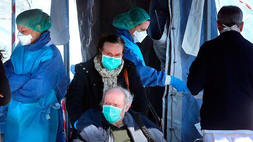 Més de 1.200 casos de coronavirus a l'Estat Espanyol. Madrid i Vitòria tanquen escoles